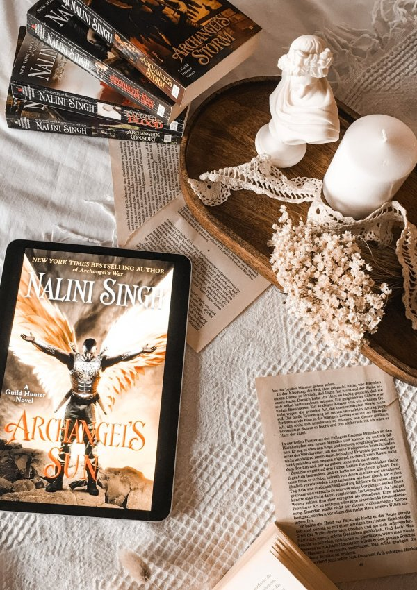 Archangel's Sun by Nalini Singh | BOOK REVIEW | Titus & Hummingbird favorite new couple