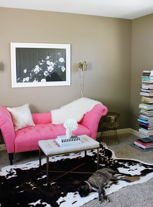 The Brunette One_Framebridge_Home Office_4
