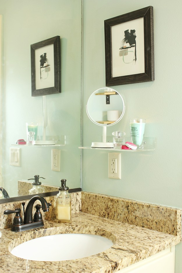 The-Brunette-One-Master-Bathroom-Tour-Minted-DIY_7