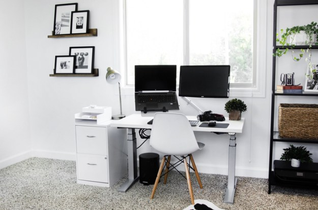 the-brunette-one_home-office_17