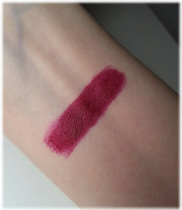 L'oreal Pure Reds Laetitia swatch