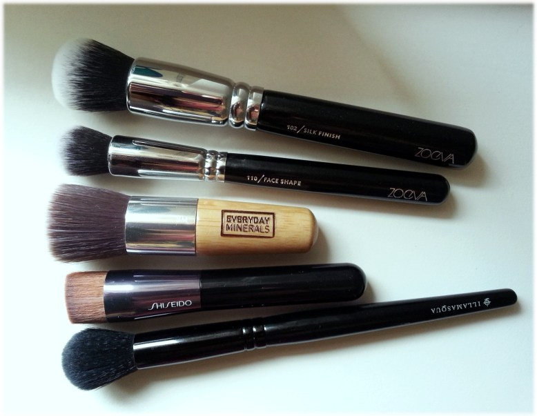 Best liquid foundation brushes 4