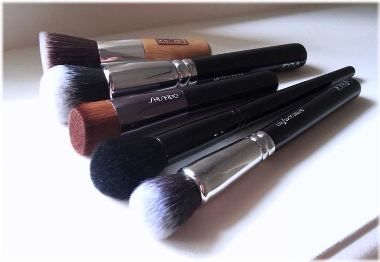Best liquid foundation brushes 5