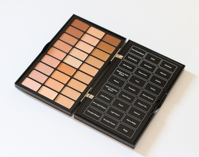 Bobbi Brown Universal Palette 1