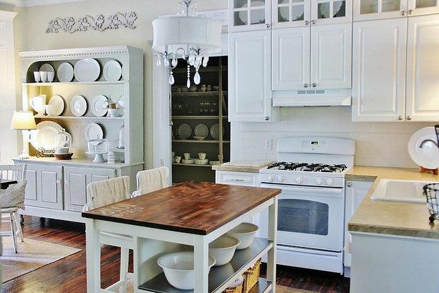 Drool Worthy Decor: Farmhouse Kitchens • The Budget Decorator