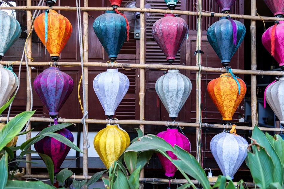 Secret Garden Lanterns 72 dpi