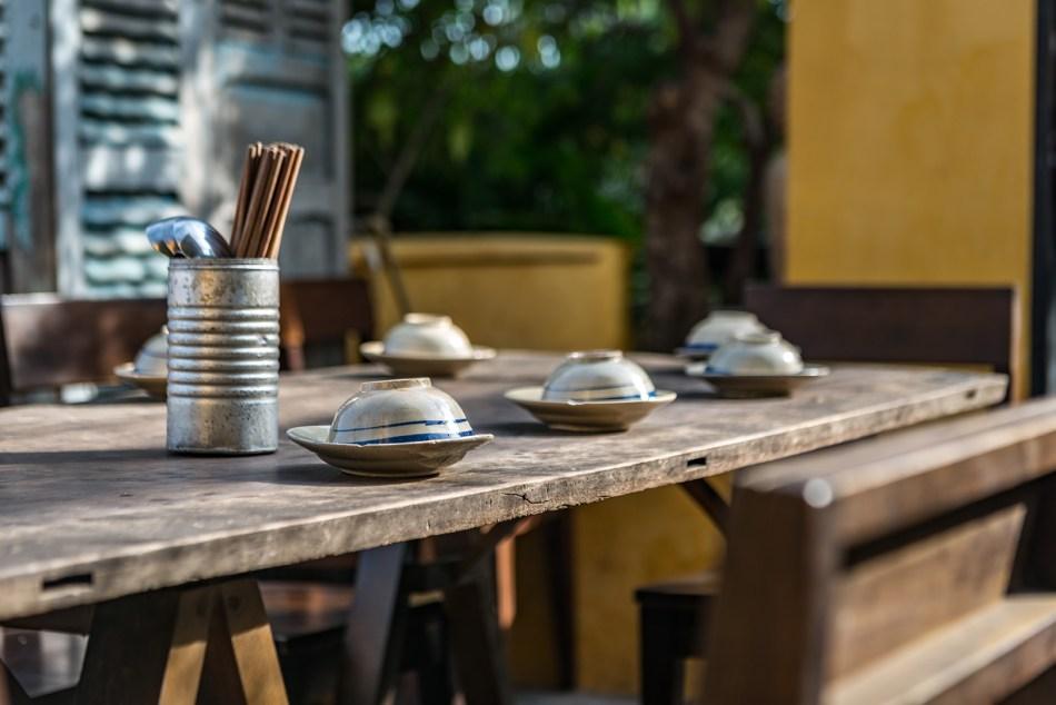 Secret Garden Table 72 dpi
