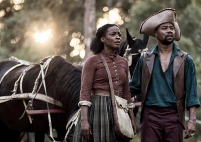 Aunjanue Ellis and Cuba Gooding, Jr. star in BET's 'Book of Negroes.' (Photo Credit: BET)