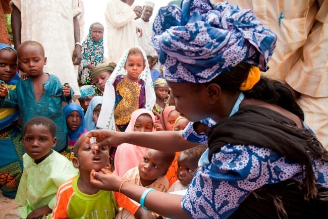 NIGERIA / KEBBI / 27 SEPTEMBER 2011 Polio campaign in the Fulani settlement, Mashakeri village, in Kebbi state.