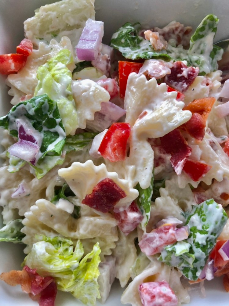 up close shot of BLT pasta salad