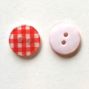Resin-plastic-synthetic buttons