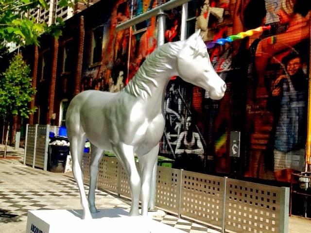 Pride15 Uni Silver