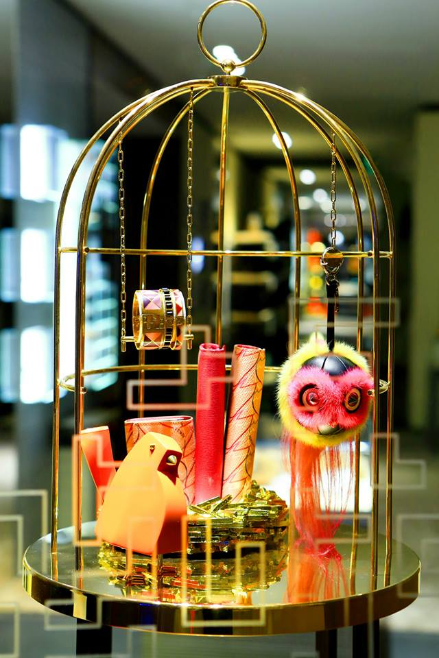 FENDI QuTweet Holiday Window Displays 2014  Best Window