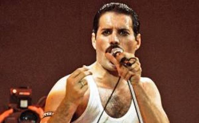 Freddie Mercury Snuck Princess Diana Into A Gay Bar