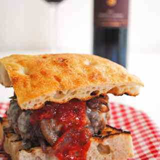 Chianti Burgers with Caramelized Onions