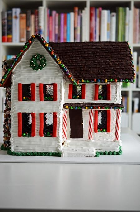Gingerbread Farmhouse