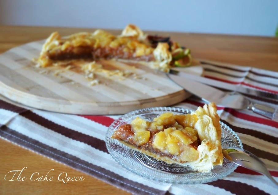 Tartaleta de higos y manzana, perfecta para desayunar o merendar
