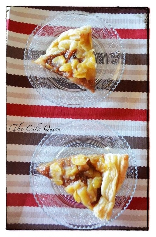 Tartaleta de higos y manzana, vista cenital de dos trozos de esta tartaleta