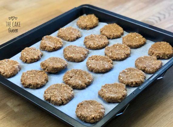Galletas sin horno de mantequilla de cacahuete y coco