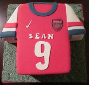 Arsenal-Jersey-Cake