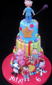 Little Baby bum birthday cake with hand modelled figures