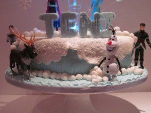 Disneys Frozen name topper