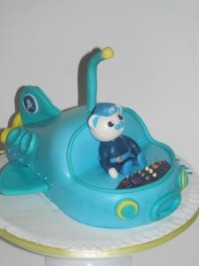 Gup A Octonauts Cake with captain Barnacles