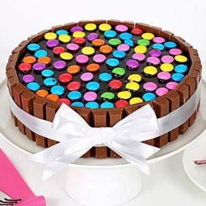 Wafery KitkatGems Cake