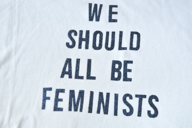 "DIY tee shirt ""We should all be feminists"""