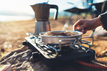 Camping Gear – Have You Considered Stoves Yet?
