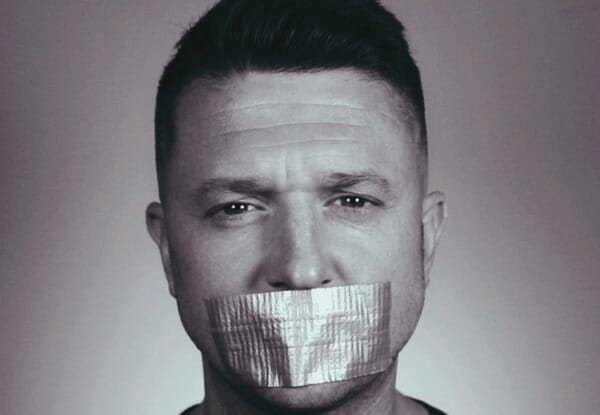 """Tommy Robinson: """"I'm Prepared To Die For Free Speech In The UK!"""""""