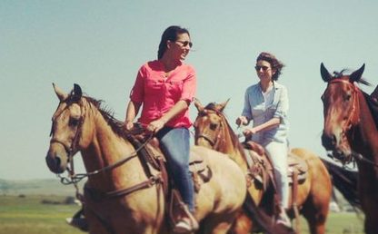 """Tribe at center of pipeline protests launches solar farm, """"and U.S. Rep. Tulsi Gabbard rode in on horseback""""!"""