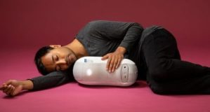 Somnox sleep robot – like being in bed with a baby Darth Vader