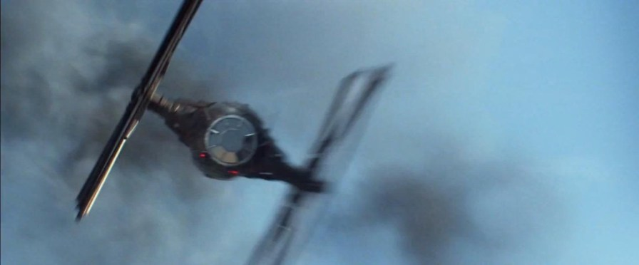 Star-Wars-Force-Awkens-Trailer-2-113-1280x532