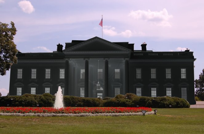 thecan_white_house_black