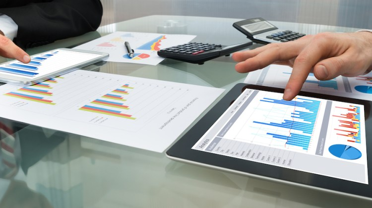 3 Red Flags a Financial Advisor is bad