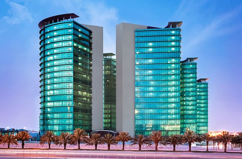 PIF eyes Zain's Saudi towers; IHC unit forms JV; Pearl Petroleum gets DFC backing