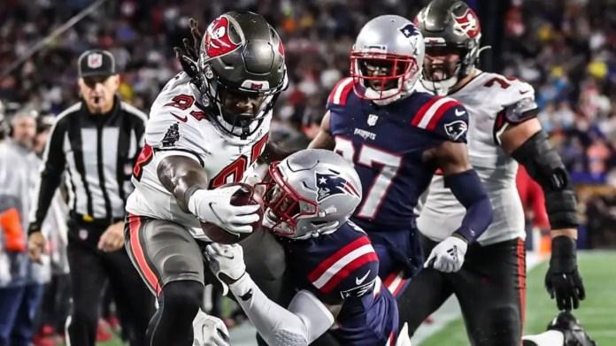 Bucs defeat Patriots in Brady's return to Gillette Stadium