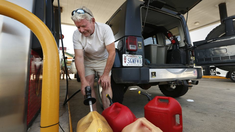 Does Florida need a strategic fuel reserve to prevent gas shortages during hurricanes?