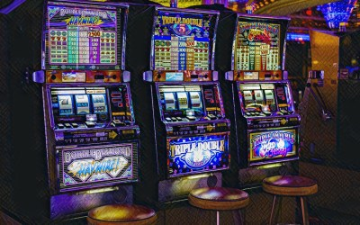 Senate places gaming structure on the table as gambling talks continue