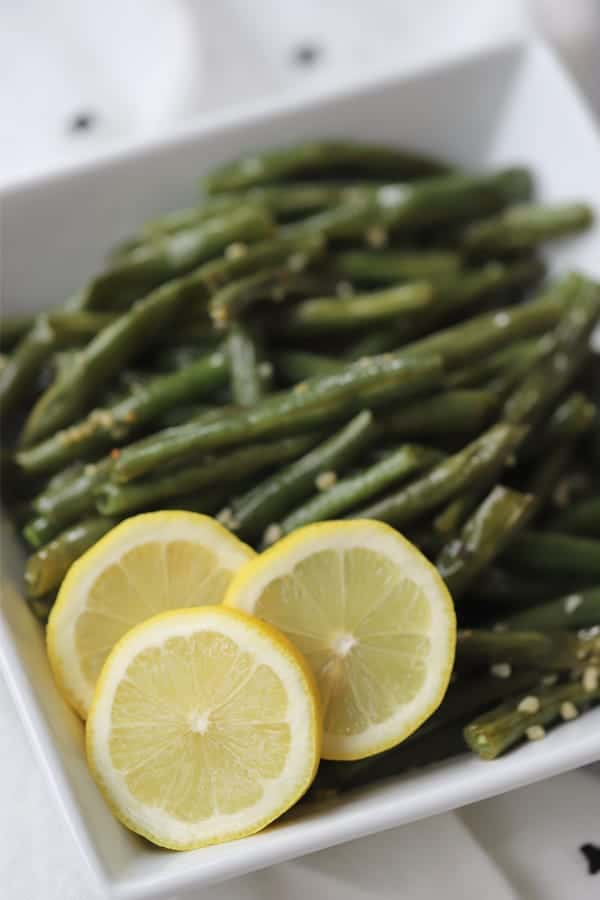 oven roasted green beans with garlic and lemon