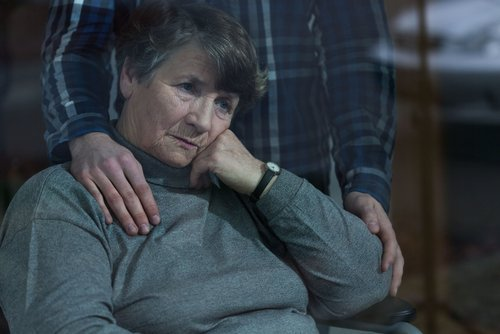 How to Talk to Someone Who's Dying or Grieving