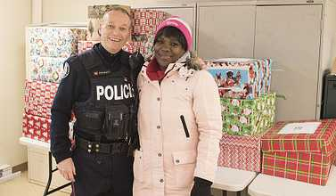 Toronto police officers deliver holiday goodwill