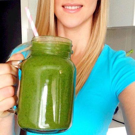 the-carousel-vegan-green-smoothie