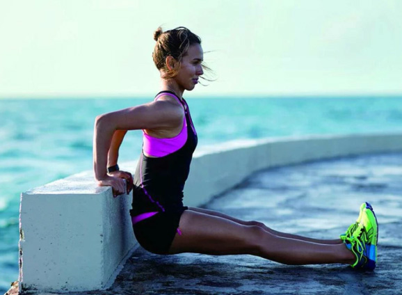 Sally Fitzgibbons Tells Kids To Get Active