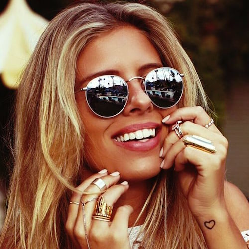 Tash Oakley in round Ray Bans. Image credit Instagram / @tashoakley
