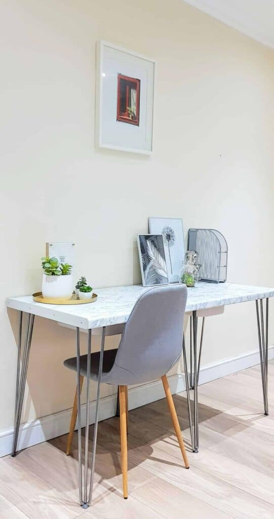 Faux Marble Desk Tutorial with Laminate  The Carpenters