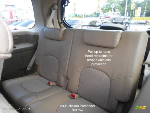 does the 2005 nissan pathfinder have 3rd row seating. Black Bedroom Furniture Sets. Home Design Ideas