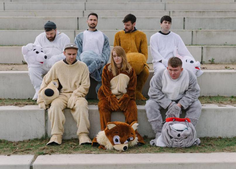 "SONG OF THE WEEK (02/18/17): Los Campesinos! – ""The Fall of Home"""