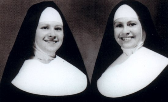 Sister Phyllis Tousignant (left), who took the name Sister Miriam Therese, and her sister, Sister Shirley Tousignant, who took the name Sister Elizabeth Marie, are pictured in the late 1950s, after Sister Phyllis took her first vows as a Sister of St. Joseph. Dave Hrbacek/The Catholic Spirit
